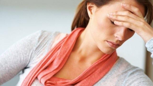 femeie ce sufera de oboseala suprarenala