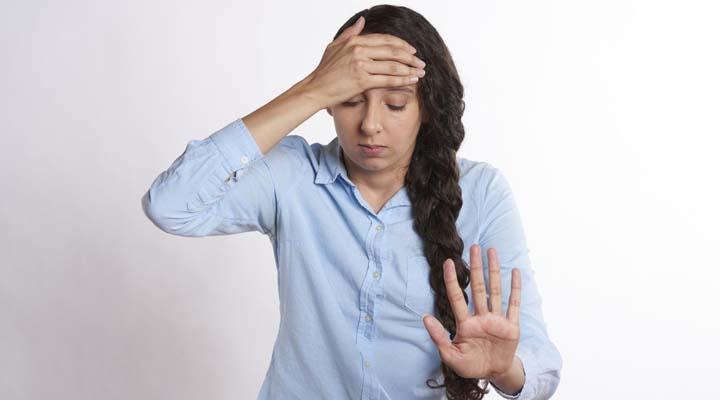 Simptomele Atacului De Panica: Cauze si Tratament